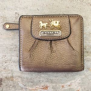 ♥️ Coach ♥️ Dark Gold Leather Wallet